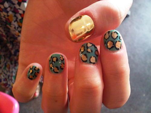 mint-leopard-nail.jpg